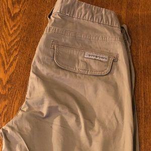 Calvin Klein Shorts - Beige Calvin Klein shorts size 6